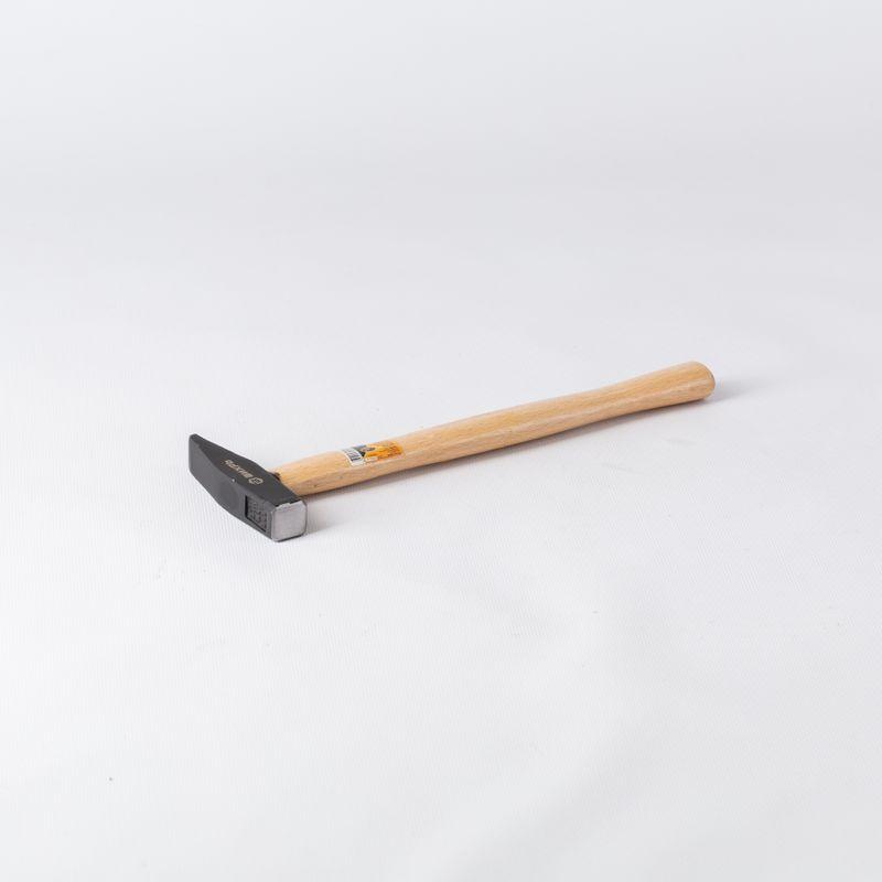 Молоток 200 гр с деревянной рукояткой (Russia) Белев инструмент дешево интернет магазин