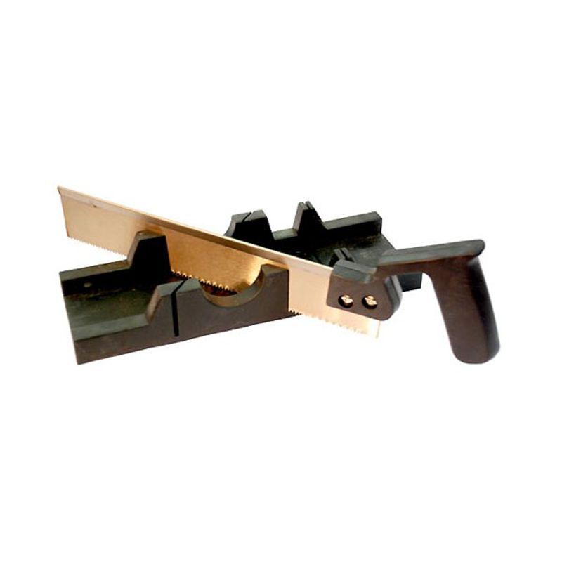 Купить со скидкой Пила с пластмассовым стуслом T4P, 300 мм