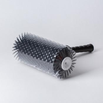 Валик игольчатый для наливных полов ворс 28 мм, 240 мм
