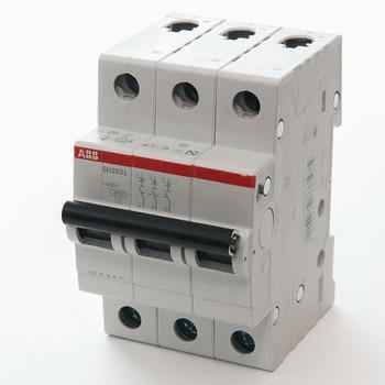 Автоматический выключатель трехполюсной 4.5кА SH203L 16А АВВ
