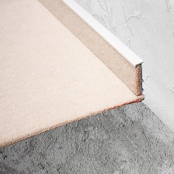 Плинтус для ковролина KORNER Listwa 100 белый 2,5м