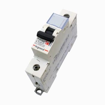 Автоматический выключатель однополюсный 25А LEGRAND
