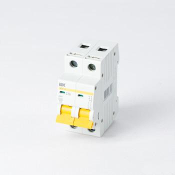 Автоматический выключатель двухполюсный 16А IEK