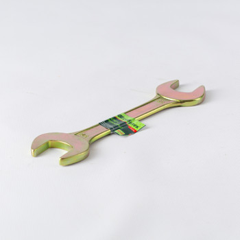 Ключ рожковый 30х32 мм