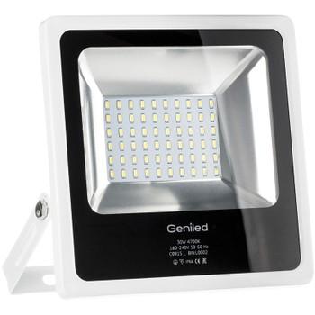 Светодиодный прожектор Geniled СДП - 30Вт, цветовая температура 4700К, световой поток 2500lm, степень влагозащиты IP65