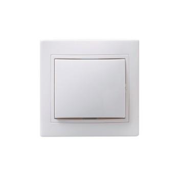 Выключатель одноклавишный проходной 10А КВАРТА (белый)