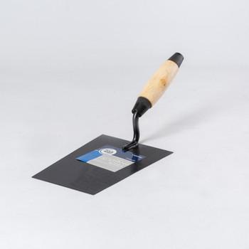 Кельма отделочника (трапеция) с деревянной усиленной ручкой