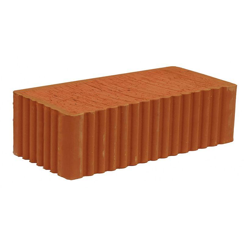 Кирпич строительный полнотелый одинарный (1НФ) М-150, TOVKERКирпич одинарный полнотелый рядовой М-150, TOVKER<br><br>Рядовой керамический кирпич - искусственный камень правильной формы из обожженной глины,<br><br>используется для строительства внутренних частей несущих конструкций.<br><br>НАЗНАЧЕНИЕ:<br><br>Возведение несущих стен и перегородок;<br>Строительство малоэтажных зданий (до трех этажей);<br>Заполнение пустот в&amp;nbsp;монолитно-бетонных&amp;nbsp;конструкциях;<br>Кладка фундаментов и цоколей;<br>Кладка печей, внутренней части дымовых труб;<br><br>ПРЕИМУЩЕСТВА:<br><br>Экологически чистый (изготовлен из природной глины, без вредных для здоровья примесей);<br>Марка прочности М150-200 (подходит для закладки фундаментов, цоколей и нижних этажей);<br>Имеет низкий уровень&amp;nbsp;влагопоглощения;<br>Длительный срок эксплуатации (выдерживает до 35 циклов замораживания);<br>Обладает хорошей звукоизоляцией;<br>&amp;laquo;Дышащий&amp;raquo; материал (исключает возможность появления грибка и плесени);<br>Пожаробезопасный&amp;nbsp;(устойчив к открытому огню);<br>Высокие показатели теплопроводности (в домах из керамического кирпича тепло зимой и прохладно летом);<br>Малый размер позволяет возводить строения различных конфигураций.<br><br>РЕКОМЕНДАЦИИ:<br><br>Общие рекомендации:<br><br>Не использовать для кладки топочной части печей и каминов.<br><br>Рекомендации по хранению:<br><br>Не храните кирпич навалом;<br><br>Хранить кирпич можно на открытом воздухе на поддонах, под тентом или пленкой, обязательно оставляя пространство для вентиляции (минимум 15-20 см между поддонами);<br>Располагайте поддоны на расстоянии не менее одного метра от зданий и каких-либо других складируемых материалов;<br>Перевозку рекомендуется осуществлять на поддонах, установленных в один, максимум в два ряда по высоте.<br><br>Рекомендации по работе:<br><br>Не используйте для работы отсыревший кирпич;<br>При кладке наружных стен обязательна поперечная перевязка через каждые пять продольных рядов;