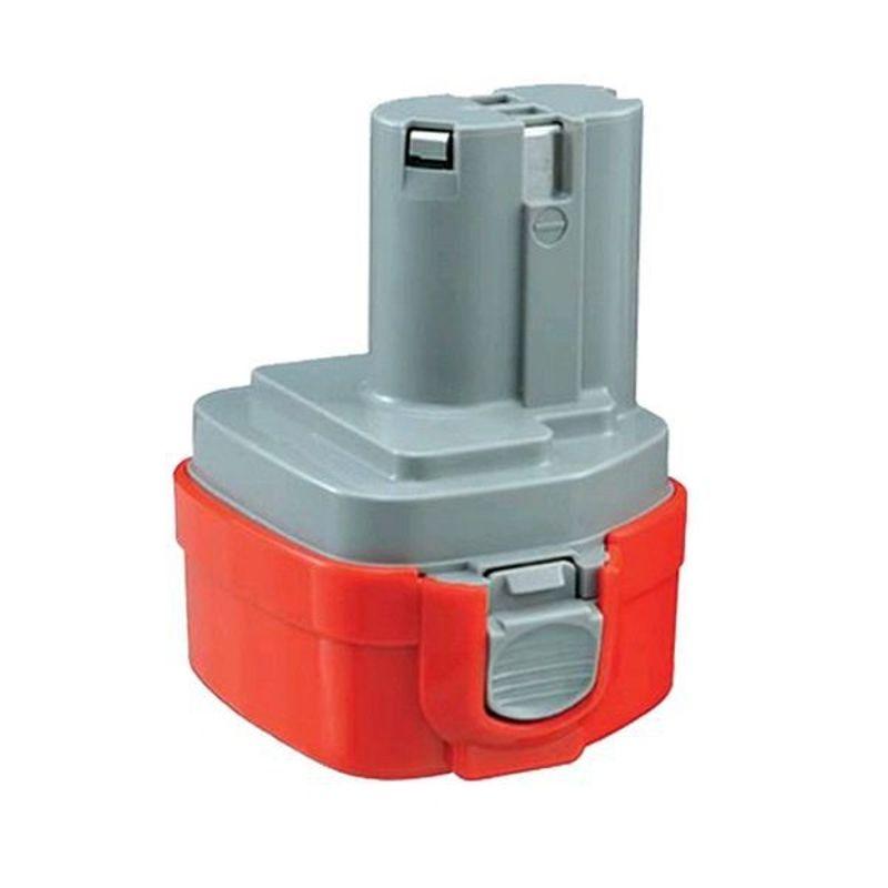 Аккумулятор MAKITA 193977-7Аккумулятор MAKITA PA09 (193977-7)<br><br>Никель-кадмиевая кубическая аккумуляторная батарея для электроинструмента MAKITA (напряжение &amp;ndash; 9,6 В, емкость &amp;ndash; 1,3 А).<br><br>НАЗНАЧЕНИЕ:<br><br>Независимый источник питания для дрелей-шуруповертов (6260D, 6261D, 6990D), угловой дрели (DA392), углового ударного шуруповерта (6940).<br><br>ПРЕИМУЩЕСТВА:<br><br>Экологичность (образующиеся при разряде газы, не выходят за пределы корпуса, нет необходимости следить и, периодически, доливать электролит);<br>Высокая производительность (до 1000 циклов зарядки/разрядки) и переносимость мощностной нагрузки (питание профессионального строительного инструмента);<br>Долговечность использования (устойчивое сохранение рабочих характеристик при длительном хранении (в разряженном состоянии) до 5-10 лет, а так же при пониженных температурных режимах);<br>Комфортная эксплуатация (компактные габариты, вес 0,55кг &amp;ndash; позволяют производить работы в труднодоступных местах, на уровне плеч, головы);<br>Удобная замена аккумуляторов (&amp;laquo;обоймная&amp;raquo; установка в инструмент предоставляет оператору быстро заменить разрядившуюся батарею);<br>Пополнение энергоуровня с помощью скоростного, автомобильного зарядного устройства (подключение осуществляется через адаптер);<br>Время зарядки &amp;ndash; 9-30 минут.<br><br>РЕКОМЕНДАЦИИ:<br><br>Рекомендации по хранению и транспортировке:<br><br>Хранить полностью разряженным, в индивидуальной упаковке, при температуре от -20С до 50С. Не допускать попадания влаги и прямых солнечных лучей;<br>Не разрешать детям, животным находится в помещении, где хранится инструментарий;<br>Авиакомпаниями разрешена перевозка NiCd аккумуляторных батарей без каких-либо предварительных условий.<br><br>Рекомендации по работе:<br><br>Перед первым использованием, произвести полную зарядку аккумулятора (пополнение мощности производить только после полной разрядки);<br>После завершения работ очистить вентиляционные отверсти