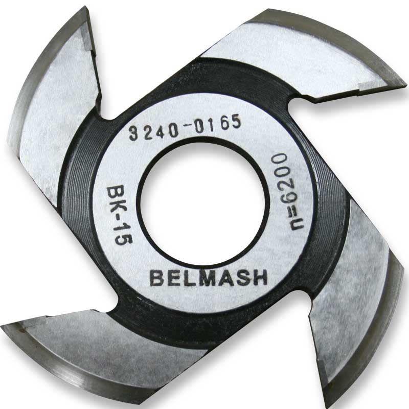 Фреза радиусная для фрезерования полуштапов, БЕЛМАШ RF0027AVKR 125х32х8 мм (правая)<br>Бренд: Belmash; Модель: RF0027AVKR; Вид: Насадка; Форма: Радиусная; Материал: Твердый сплав; Рабочая высота: 46 мм; Длина: 125 мм; Внешний диаметр: 125 мм; Внутренний диаметр: 32 мм; Диаметр хвостовика: 32 мм; Обрабатываемый материал: Дерево; Количество в упаковке: 1 шт; Родина бренда: Беларусь; Страна производитель: Украина; Гарантия: Нет мес; Вес: 0,34 кг;