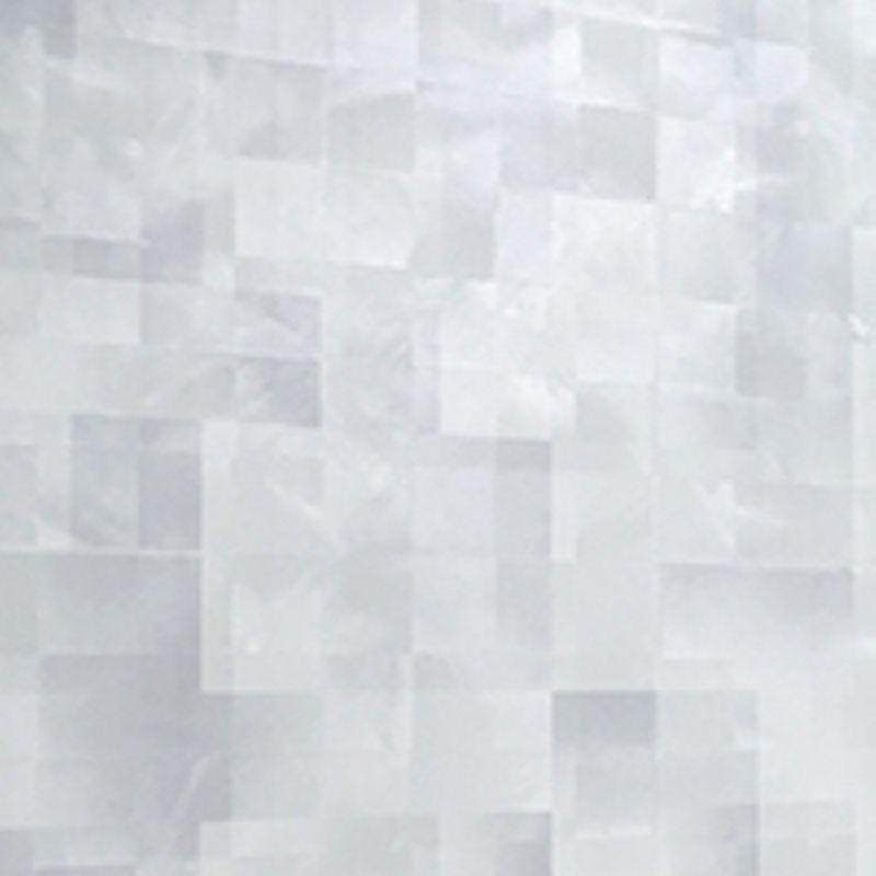 Панель ПВХ 0,250*2,7м Сахар жемчужный N275Панель ПВХ 0,250*2,7м Сахар жемчужный N275<br><br>Панель ПВХ для декоративной отделки стен и потолков внутри или снаружи помещения. Длина 2,7м. Цвет Сахар жемчужный.<br><br>НАЗНАЧЕНИЕ:<br><br>Декоративная отделка стен в жилых и нежилых помещениях, ванных и туалетных комнатах, кухне и коридоре.<br><br>Наружная облицовка стен, отделка потолков.<br><br>Установка оконных откосов, отделка лоджий и балконов.<br><br>Монтаж экранов под ванную или раковину.<br><br>ПРЕИМУЩЕСТВА:<br><br>Прочность (материал изготовления &amp;ndash; поливинилхлорид - под нажимом не проминается, выдерживает высокие нагрузки, внутреннее ребро жесткости 1мм);<br><br>Универсальность (применение на разных поверхностях и в различных сочетаниях);<br><br>Удобство применения &amp;nbsp;и использования (лёгкий монтаж, очищение влажной тряпкой, длительный срок службы без потери эстетического вида, корректировка неровных стен, под панелями можно проложить проводку);<br><br>Экологичность (не токсичны, &amp;nbsp;не выделяют вредных веществ, рисунок из краски на водной основе, сверху покрыт лаком);<br><br>Тепло и звукоизоляция (подавляют шум и сохраняют тепло);<br><br>Дизайн (яркие цвета, различное сочетание, имитация под более дорогостоящие материалы, красивый законченный &amp;nbsp;цельный вид, видимые швы отсутствуют);<br><br>Влагостойкость &amp;nbsp;(выдерживают прямой контакт с водой, установка в помещении с повышенной влажностью - терраса, ванная комната, помещения бассейнов; не задерживают влагу, отсутствие плесени);<br><br>РЕКОМЕНДАЦИИ:<br><br>Не использовать в местах с высокой концентрацией УФ лучей.<br><br>Для монтажа потолка используйте стеновые панели. Потолочные панели на стену крепить не желательно, из-за более тонкой толщины пластика.<br><br>Монтаж панелей ПВХ:<br><br>В сухом помещении при ровном основании рекомендуется бескаркасная обшивка. На специальный клей панели монтируются &amp;nbsp;непосредственно к стенам или потолку, фиксируясь между собой.<br><b