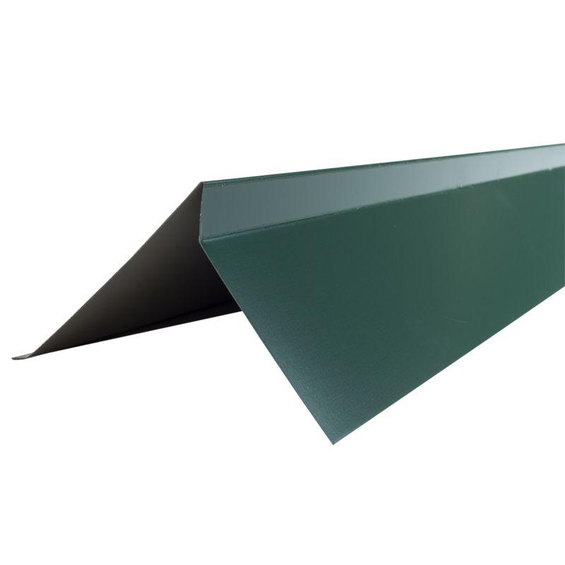 Планка торцевая S5 Pe RAL 6005 L-2000мм зеленый мохПланка торцевая&amp;nbsp;Шинглас, зеленая 2000х100х25х130х15 мм<br><br>Планка торцевая для кровли при закрытии кровельного материала по фронтам здания.<br><br>Выполнена в форме уголка зеленого цвета с загнутыми краями для дополнительной жесткости, применяемая в качестве&amp;nbsp;доборного&amp;nbsp;элемента.<br><br>НАЗНАЧЕНИЕ:<br><br>Планка торцевая используемая при защите деревянных элементов кровли от воздействия неблагоприятных факторов<br><br>внешней среды, исключает отрывы кровельного материала по фронтам здания при сильных порывах ветра,<br><br>обеспечивает эффективное водоотведение, а также несет декоративные функции, придавая законченный вид кровле.<br><br>ПРЕИМУЩЕСТВА:<br><br>Служит дополнительным креплением кровельного материала, исключая отрыв крепежа при сильных порывах ветра;<br>Эффективная (предотвращает попадание дождевой воды и уличной пыли по фронтам здания);<br>Эстетичная (цветовой диапазон позволяет подобрать торцевую планку под общую цветовую гамму кровли);<br>Препятствуют выходу воздушных масс из-под самой кровли и выветриванию утеплителя, обеспечивая комфортные условия функционирования кровельных конструкций;<br>Прочная (форма планки в виде уголка с загнутыми краями для дополнительной жесткости);<br>Безопасные материалы, из которых выполнена планка, позволяют использовать ее в строительстве зданий и сооружений любого назначения;<br>Полиэфир (полиэстер) покрывающий элемент обладает хорошей стойкостью цвета и гибкостью, это препятствует растрескиванию.<br><br>РЕКОМЕНДАЦИИ:<br><br>Перед укладкой черепицы&amp;nbsp;промажьте&amp;nbsp;торцевую планку мастикой;<br>Закрепляйте торцевую планку в последнюю очередь, когда кровельное покрытие уже зафиксировано;<br>Укладывайте планки ребром на край сплошного основания покрытия;<br>Закрепляйте элементы, начиная с нижней части ската;<br>Крепите планки с нахлестом 30-50мм;<br>Воспользуйтесь кровельными гвоздями при фиксации планок.<br>Цвет: Зеленый; Назначение: