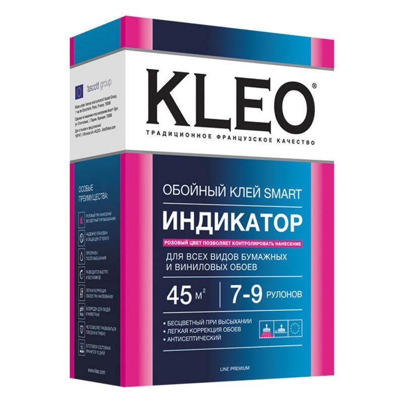 Клей обойный KLEO Индикатор для бумажных и виниловых обоев, 200грОбойный клей KLEO SMART индикатор Line Premium для бумажных и виниловых обоев, 200гр<br><br>Сухой обойный клей с индикатором, предназначенный для всех видов бумажных и виниловых обоев.<br><br>НАЗНАЧЕНИЕ:<br><br>Поклейка&amp;nbsp;бумажных обоев: симплекс (однослойные), дуплекс (гладкие и с тиснением, гофрированные, моющиеся, потолочные), структурных,&amp;nbsp;грубоволокнистых.<br>Поклейка&amp;nbsp;легких виниловых обоев на бумажной основе.<br><br>ПРЕИМУЩЕСТВА:<br><br>В готовом виде хранится 10 дней (в плотно закрытой таре).<br>Предотвращает появление на стенах грибка и плесени (в состав входят&amp;nbsp;антигрибковые&amp;nbsp;добавки).<br>В готовом виде розового цвета, при высыхании становится бесцветным (позволяет контролировать равномерность нанесения).<br>Скользит, допускает подгонку полотен с рисунком.<br>При размешивании не образуются комки.<br>Быстро готовится (7 минут).<br>Безопасен для людей и животных (нейтральный кислотно-щелочной показатель).<br>Двойная упаковка (защищает от влаги).<br><br>ИНСТРУКЦИЯ ПО ПРИМЕНЕНИЮ:<br><br>Подготовка основания:<br><br>Удалить с поверхности старые обои, краску, побелку и отслоившуюся штукатурку. Если основание неровное, имеет много трещин и ям, то ее необходимо зашпаклевать. Устранить места, пораженные грибковым образованием. Снять все розетки и выключатели. Поверхность покрыть грунтом, чтобы увеличить адгезию (сцепление) между стеной и обоями.<br><br>Приготовление обойного клея:<br><br>В специально подготовленную ёмкость налить воду комнатной температуры и высыпать&amp;nbsp;порошок-индикатор&amp;nbsp;из пакета. Далее интенсивно перемешать воду, создавая водоворот, и медленно всыпать сухой клей по краю тары. Соотношение воды и клея должно соответствовать рекомендациям производителя, указанным на упаковке. Выждать 7 минут, чтобы клеевая жидкость набухла, после чего повторно перемешать до получения однородной массы. Клей готов к использованию.<br><br>Нанесение:<br