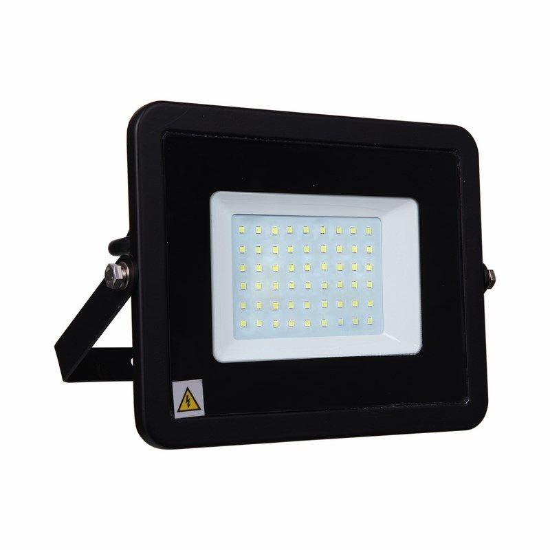 Прожектор светодиодный тонкий, 50Вт Белый<br>Бренд: LAMPER; Артикул: 601-332; Тип: Светодиодный; Тип отражателя: Гладкий; Цвет свечения: Белый; Цветовая температура: 6500 К; Угол обзора: 145 °; Номинальное напряжение: 220-230 В; Мощность: 50 вт; Материал корпуса: Алюминий; Срок службы: 50000 ч; Степень защиты: IP 65; Вес: 0,74 кг; Температура эксплуатации: От -40°С до +50°С; Габариты: 284х235х12 мм; Страна производитель: Китай; Количество в упаковке: 1;