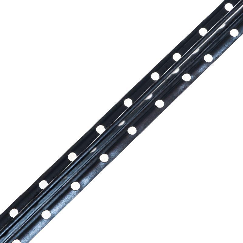 Рейка Маячок 23?6 мм, 3 мРейка маячок 23x6 мм., 3 м<br><br>Рейка для строительных и ремонтных работ.<br><br>НАЗНАЧЕНИЕ:<br><br>Выравнивание стен при нанесении штукатурки на прочные (гипсокартон) поверхности.<br><br>ПРЕИМУЩЕСТВА:<br><br>Долговечность (оцинкованный металлический корпус устойчивый к появлению коррозии);<br><br>Универсальность (возможно использовать для внутренних работ в жилых домах и общественных зданиях);<br><br>Удобство в использовании (способствует образованию ровной поверхности с выбранной толщиной слоя штукатурки).<br><br>РЕКОМЕНДАЦИИ:<br><br>Общие рекомендации:<br><br>Не рекомендуется работать в присутствии посторонних лиц, детей и животных;<br><br>При работе пользоваться средствами индивидуальной защиты (очки, каска, перчатки, нескользящая обувь), спецовкой;<br><br>Положение тела должно быть устойчивым, в рабочей зоне не должно быть посторонних предметов, которые могут привести к потере равновесия.<br><br>Рекомендации по хранению:<br><br>Хранить в сухом помещении, без доступа для детей, животных, посторонних лиц.<br>Обозначение: Пм-6; Длина: 3000 мм; Высота гребня: 6 мм; Ширина: 23 мм; Материал: Оцинкованная сталь;