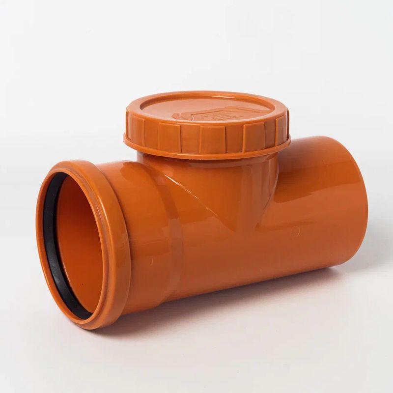 Ревизия наружная канализационная 110Ревизия НПВХ предназначена для проверки работоспособности канализационного трубопровода, а также доступа в канализационную систему для прочистки НПВХ трубы, при ее засорении. Ревизия имеет откручивающуюся крышку, открутив которую, и производится доступ в канализационную систему.<br>Ревизия НПВХ широко используется при строительстве канализационных и сточных систем в городском и сельскохозяйственном секторе. Имея раструбную конструкцию, легкий вес и низкую стоимость ревизия может применяться со всеми типами и диаметрами канализационных НПВХ труб.<br><br>Тип канализации: Наружная; Диаметр: 110 мм; Максимальная температура рабочей среды: + 80 °С; Материал: Полипропилен; Бренд: РТП; Страна производитель: Россия;