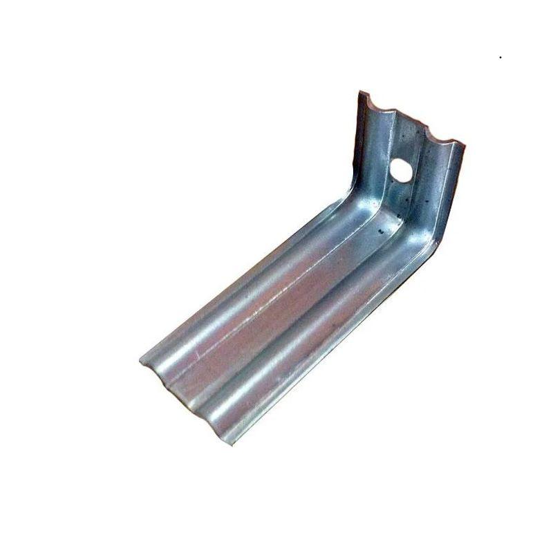 Кронштейн КК-150 (ОЦ - 01-БЦ-1,2)<br>Название: Кк-150; Длина: 150 мм; Высота: 50 мм; Ширина: 50 мм; Толщина стали: 1,2 мм; Материал: Сталь оцинкованная; Маркировка: Оц - 01-бц-1,2; Дополнительные свойства: С монтажным усом;