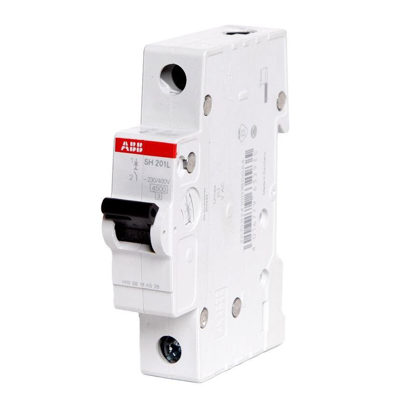 Автоматический выключатель однополюсной SH201L 4.5кА 10А АВВАвтоматический выключатель однополюсный SH201L 4.5кА 10А АВВ<br><br>Однополюсный автоматический выключатель для использования в вводно-распределительных устройствах для жилых и общественных зданий с низкими значениями тока.<br><br>НАЗНАЧЕНИЕ:<br><br>Используется для защиты от перегрузок и коротких замыканий однофазных цепей;<br><br>Подходит для предохранения от резистивных и индуктивных нагрузок с низким импульсным током.<br><br>ПРЕИМУЩЕСТВА:<br><br>Номинальное напряжение сети &amp;ndash; 230В, номинальный ток &amp;ndash; 10А;<br><br>Характеристика срабатывания &amp;ndash; С (выключение подачи тока при превышении допустимой нормы номинального напряжение в 5-10 раз);<br><br>Долговечность (корпус изготовлен из пластика, стойкого к возгоранию; электрическая и механическая износостойкость);<br><br>Удобство в эксплуатации (установка в любом положении; подключение нагрузки, как к верхним, так и к нижним зажимам; диапазон рабочих температур от -250С до +550С; быстрый и легкий монтаж &amp;ndash; крепление осуществляется на DIN-рейку; рычаг переключения для ручного отключения подачи тока).<br><br>РЕКОМЕНДАЦИИ:<br><br>Перед началом установки автоматического выключателя обесточьте щиток;<br><br>Монтаж автомата начинайте с подключения проводов, затем закрепите его на DIN-рейку;<br><br>Если автоматов несколько &amp;ndash; подключайте их одновременно;<br><br>После того, как все выключатели установлены, включите питание щитка;<br><br>Проверьте участки сети, давая максимальную нагрузку;<br><br>При расчете номинала автомата учитывайте сечения провода, температурную нагрузку, а так же расположение проводки, чтобы избежать нагревания проводника из-за завышенного номинала автомата;<br><br>Допускается хранение изделия при температуре -400С до +700С<br>Страна производитель: Швейцария; Бренд: ABB; Серия: SH201L; Тип конструкции: Модульный; Тип расцепителя: Электромагнитный; Количество полюсов: Однополюсной; Количество занимаемых 