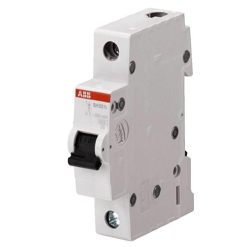 Автоматический выключатель однополюсной SH201L 4.5кА 20А АВВАвтоматический выключатель однополюсный SH201L 4.5кА 20А АВВ<br><br>Однополюсный автоматический выключатель для использования в вводно-распределительных устройствах для жилых и общественных зданий с низкими значениями тока.<br><br>НАЗНАЧЕНИЕ:<br><br>Используется для защиты от перегрузок и коротких замыканий однофазных цепей;<br><br>Подходит для предохранения от резистивных и индуктивных нагрузок с низким импульсным током.<br><br>ПРЕИМУЩЕСТВА:<br><br>Номинальное напряжение сети &amp;ndash; 230В, номинальный ток &amp;ndash; 20А;<br><br>Характеристика срабатывания &amp;ndash; С (выключение подачи тока при превышении допустимой нормы номинального напряжение в 5-10 раз);<br><br>Долговечность (корпус изготовлен из пластика, стойкого к возгоранию; электрическая и механическая износостойкость);<br><br>Удобство в эксплуатации (установка в любом положении; подключение нагрузки, как к верхним, так и к нижним зажимам; диапазон рабочих температур от -250С до +550С; быстрый и легкий монтаж &amp;ndash; крепление осуществляется на DIN-рейку; рычаг переключения для ручного отключения подачи тока).<br><br>РЕКОМЕНДАЦИИ:<br><br>Перед началом установки автоматического выключателя обесточьте щиток;<br><br>Монтаж автомата начинайте с подключения проводов, затем закрепите его на DIN-рейку;<br><br>Если автоматов несколько &amp;ndash; подключайте их одновременно;<br><br>После того, как все выключатели установлены, включите питание щитка;<br><br>Проверьте участки сети, давая максимальную нагрузку;<br><br>При расчете номинала автомата учитывайте сечения провода, температурную нагрузку, а так же расположение проводки, чтобы избежать нагревания проводника из-за завышенного номинала автомата;<br><br>Допускается хранение изделия при температуре -400С до +700С<br>Страна производитель: Швейцария; Бренд: ABB; Серия: SH201L; Тип конструкции: Модульный; Тип расцепителя: Электромагнитный; Количество полюсов: Однополюсной; Количество занимаемых 