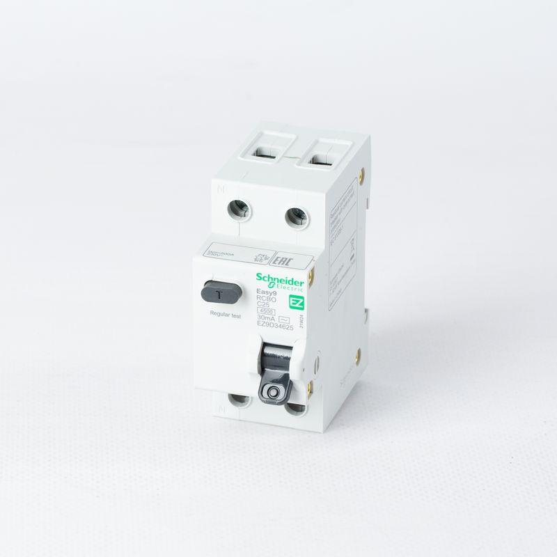Выключатель автоматический дифференциального тока 2п (1P+N) C 25А 30мА тип AC 4.5кА EASY9 2мод. SchE EZ9D34625