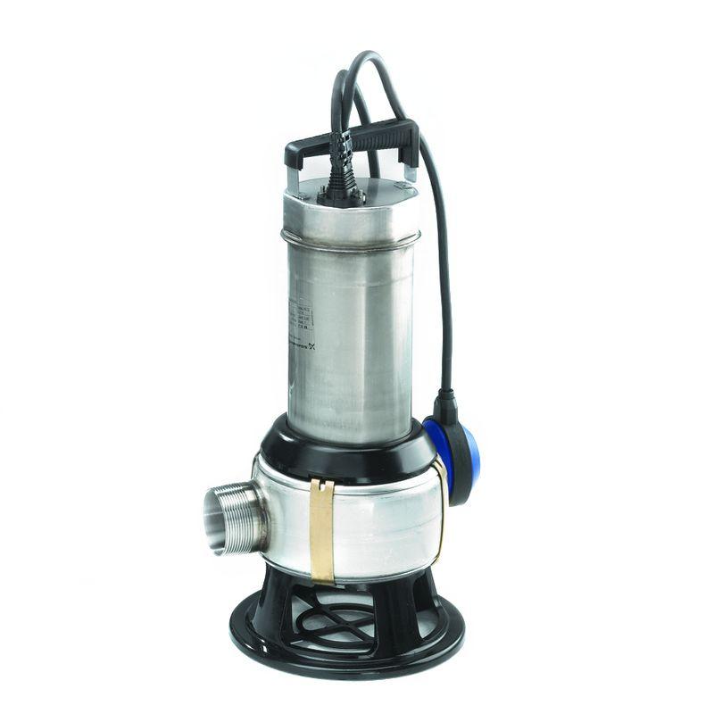 Дренажный насос Grundfos Unilift AP 50B.50.11.A1.V (96468352)Дренажный насос Grundfos UNILIFT AP 50B.50.11.A1.V служит для отвода<br>бытовых и промышленных сточных вод. Способен откачивать воду, содержащую<br>в себе ограниченное количество твердых включений до 50 мм. Допускается<br>монтаж насоса как в горизонтальном, так и в вертикальном положении.<br>Насос применим для дренажных систем, опорожнения котлованов, шахт и<br>резервуаров, откачки из рек и прудов, откачки бытовых стоков без<br>фекалий.<br><br>Технические характеристики:<br><br>Тип насоса: Дренажный<br><br>Вид насоса: Погружной<br><br>Максимальный расход: 28.5 куб.м/час<br><br>Высота: 46.8 см<br><br>Ширина: 23.4 см<br><br>Максимальный напор: 14 м<br><br>Вес: 10.2 кг<br><br>Длина: 21 см<br><br>Материал корпуса: Нержавеющая сталь<br><br>Материал поплавкового выключателя: Полипропилен<br><br>Максимальная глубина погружения: до 7 м<br><br>Максимальный размер твердых включений: 50 мм<br><br>Рабочее колесо: Вихревое<br><br>Диаметр напорного патрубка: 50 мм<br><br>Класс защиты насоса и электродвигателя: IP 68<br><br>Напряжение сети: 1 х 230 В<br><br>Выходная мощность насосной установки: 1.1 кВт<br><br>Количество пусков в час: 20<br><br>Допустимая температура перекачиваемой жидкости: от 0°C до 40°C<br><br>Уровень рН: от 4 до 10<br><br>Удельный вес: не более 1100 кг/куб.м<br><br>Вязкость: не более 10 кв.мм<br><br>Качество воды: Бытовые сточные воды<br><br>Длина кабеля: 10 м<br><br>Преимущества: большой условный проход позволяет избежать засорения<br>насоса крупными и волокнистыми включениями; основание позволяет<br>использовать насос как для переносного, так и для стационарного<br>подключения; коррозионная стойкость благодаря корпусу из нержавеющей<br>стали; простота технического обслуживания; удобство транспортировки<br>благодаря малому весу.<br>Вид: Погружной; Тип: Дренажный; Максимальный размер частиц: 50 мм; Глубина погружения: 7 м; Высота подъема воды: 14 м; Минимальная температура воды: 0 °С; Напряжение: 220 