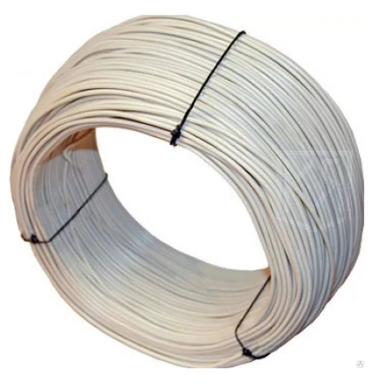 Провод ПуГВ 2,5 Б ГОСТ (бухта 100м)Провод ПуГВ 2,5 Б ГОСТ (бухта 100м)<br><br>Установочный провод круглого сечения с внешней ПВХ-оболочкой белого цвета, с одной жилой из медных проволок, с площадью сечения 2,5 мм2, упаковка в бухтах по 100 метров,<br><br>для проведения электросетей, монтажа электрооборудования на переменное напряжение до 450 В частотой до 400Гц или постоянное напряжение до 1000 В.<br><br>НАЗНАЧЕНИЕ:<br><br>Проведение сложных силовых и коммуникационных сетей, монтаж электрооборудования на номинальное переменное напряжение до 450 В (для сетей 450/750 В) номинальной частотой до 400 Гц или постоянное напряжение до 1000 В;<br><br>Монтаж электрических цепей, где требуется повышенная гибкость при прокладке (сложные коммуникации);<br><br>Укладка кабельной электрической разводки под защитными материалами (штукатурка, облицовка, на потолках под навесными или натяжными конструкциями, в монолитный бетон или кирпичную кладку) внутри промышленных, офисных и бытовых помещений.<br><br>ПРЕИМУЩЕСТВА:<br><br>Гибкость: структура жил (которые выполнены из большого количества мелких проволок) позволяет легко изгибать провод под любым углом, т.о. провод применим в условиях, требующих большого количества перегибов кабеля;<br><br>Наличие защитной оболочки обеспечивает высокую стойкость провода к механическим повреждениям и ударным нагрузкам;<br><br>Цветная (белая) оболочная облегчает процесс монтажа и ремонта кабельной электрической разводки;<br><br>Изоляцию можно просто и легко зачистить при необходимости;<br><br>Лучшие показатели коэффициентов теплового расширения;<br><br>Высокий коэффициент сопротивления;<br><br>Широкий диапазон температуры эксплуатации (от - 50&amp;deg;С до +65&amp;deg;С);<br><br>Провод с медными жилами не подвержен коррозии: может использоваться в помещениях с высокой относительной влажностью воздуха (до 98%);<br><br>Пожаробезопасность: оболочка не распространяет горение при одиночной раскладке;<br><br>Простота монтажа;<br><br>Долгий срок службы (от 20